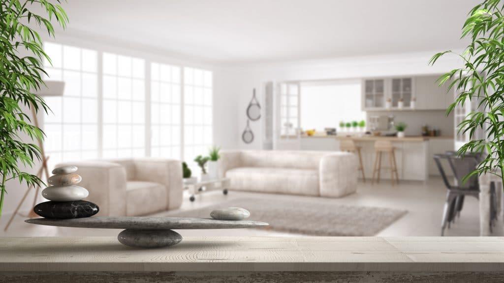 Où placer son canapé dans un salon Feng Shui ?